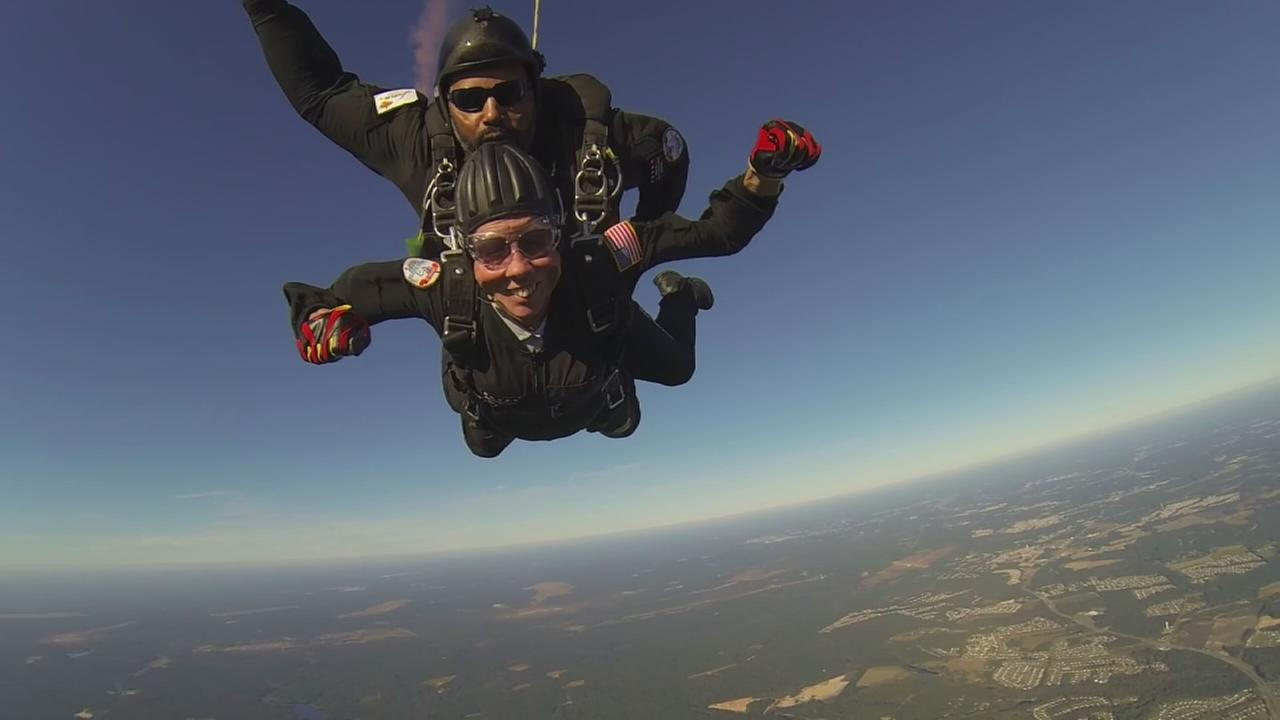 90-year-old World War II nurse skydives