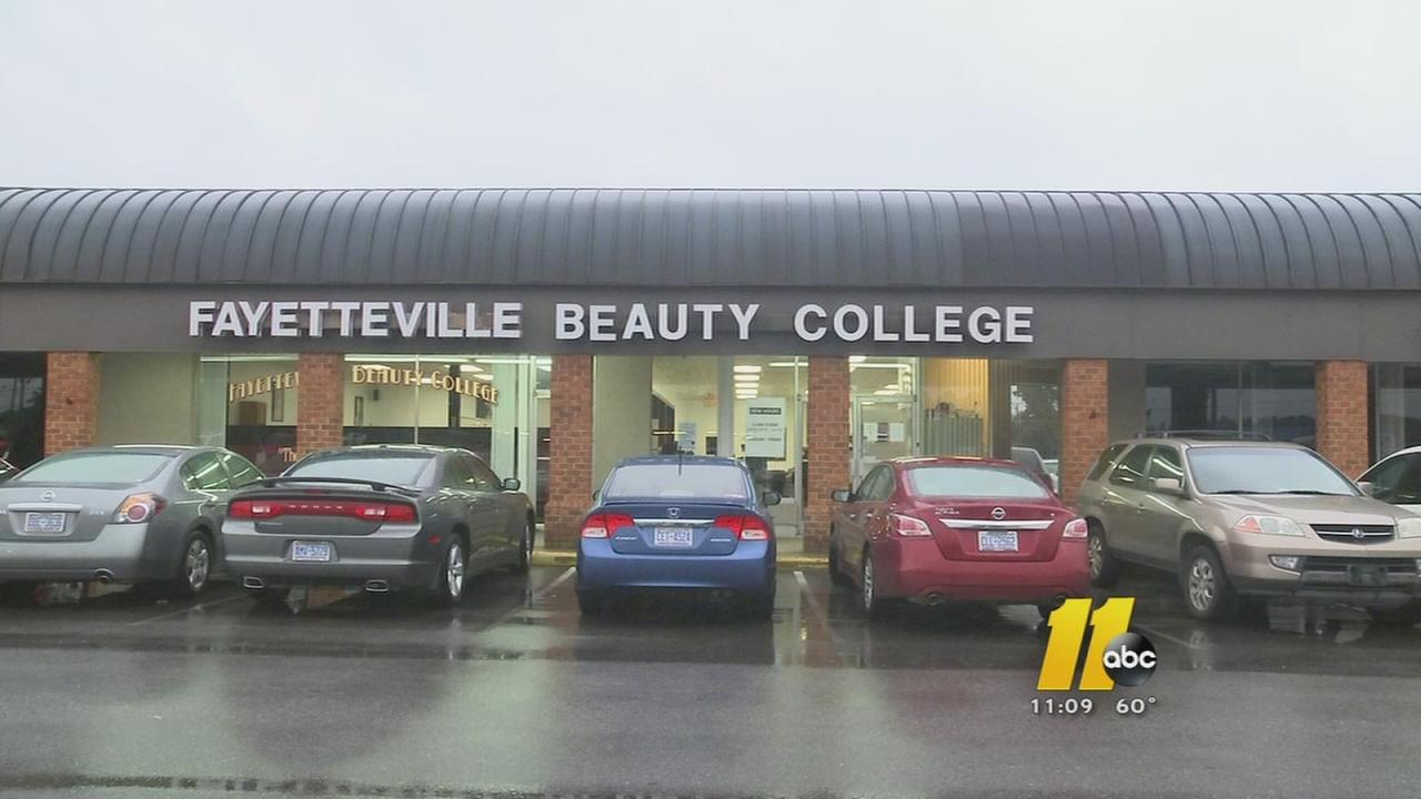 Fayetteville beauty school accused of keeping student aid money