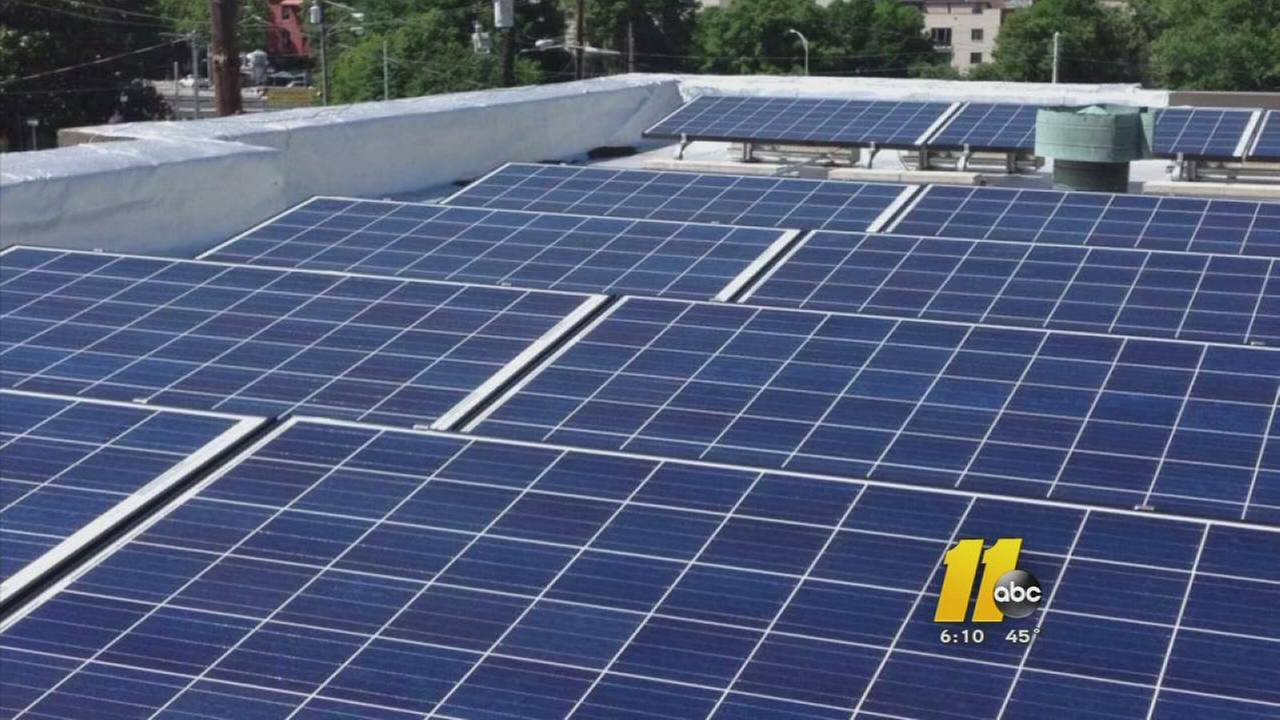 112415-wtvd-solar-panel-fight-6p-vid