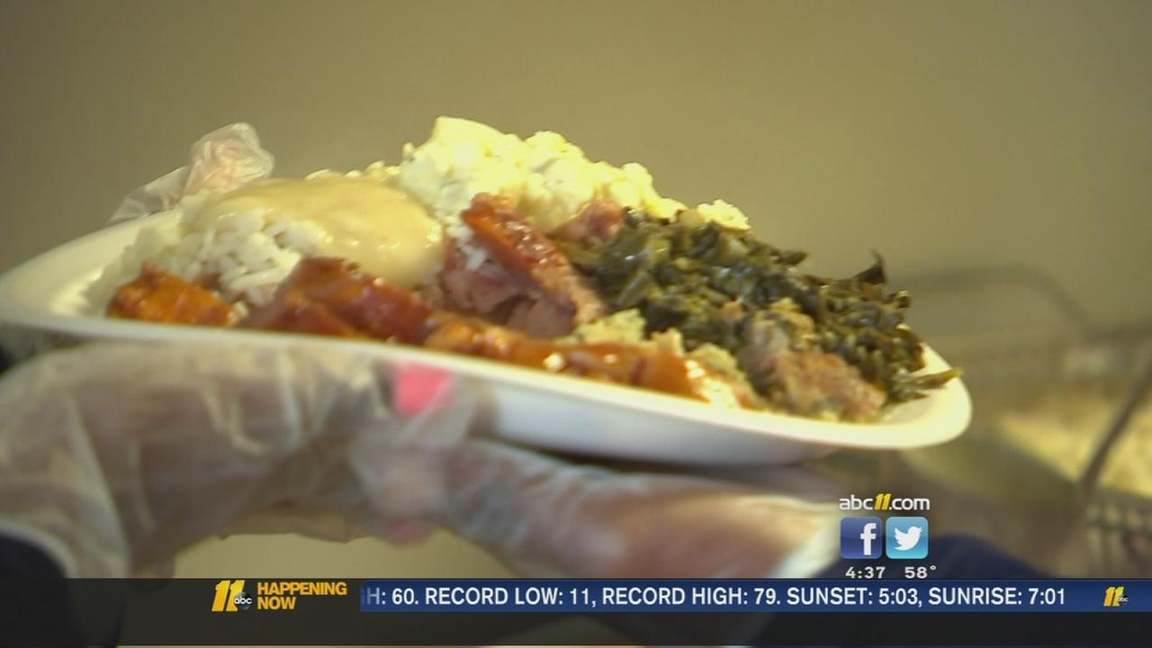Early Thanksgiving served at Helping Hand