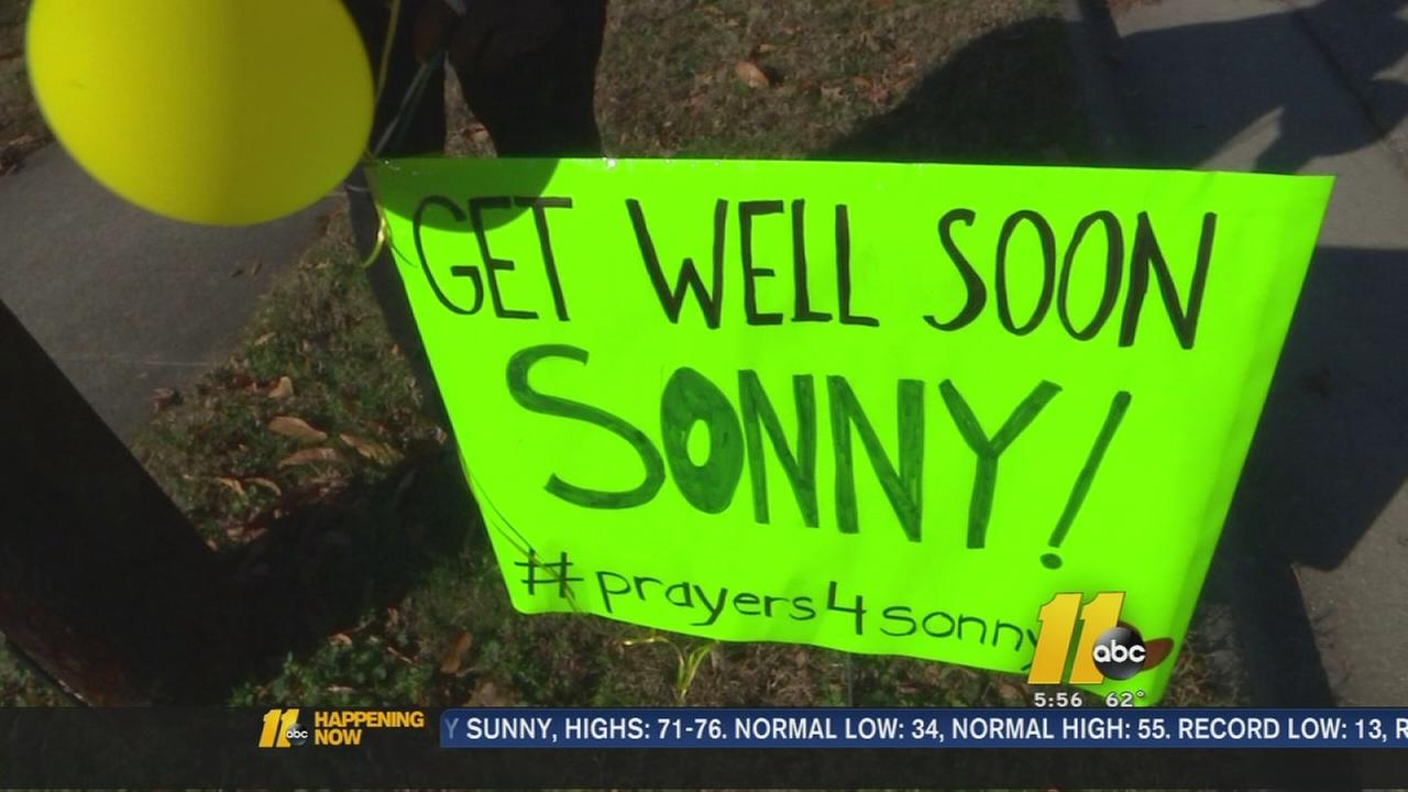 Students send support for crossing guard