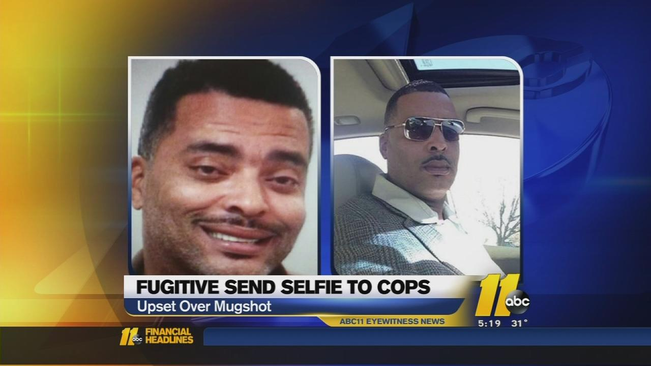Fugitive sends selfie to cops