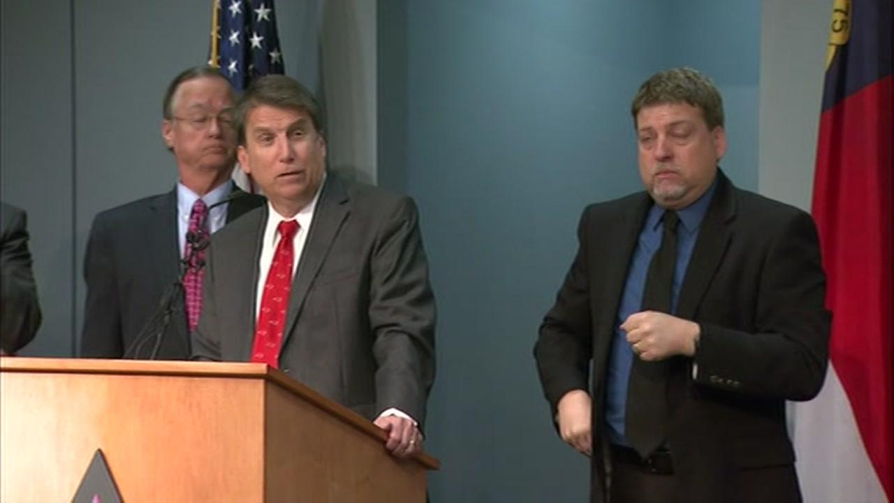Governor Pat McCrory speaks about winter weather