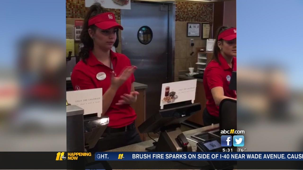 Chick-Fil-A uses sign language for hearing-impaired customer