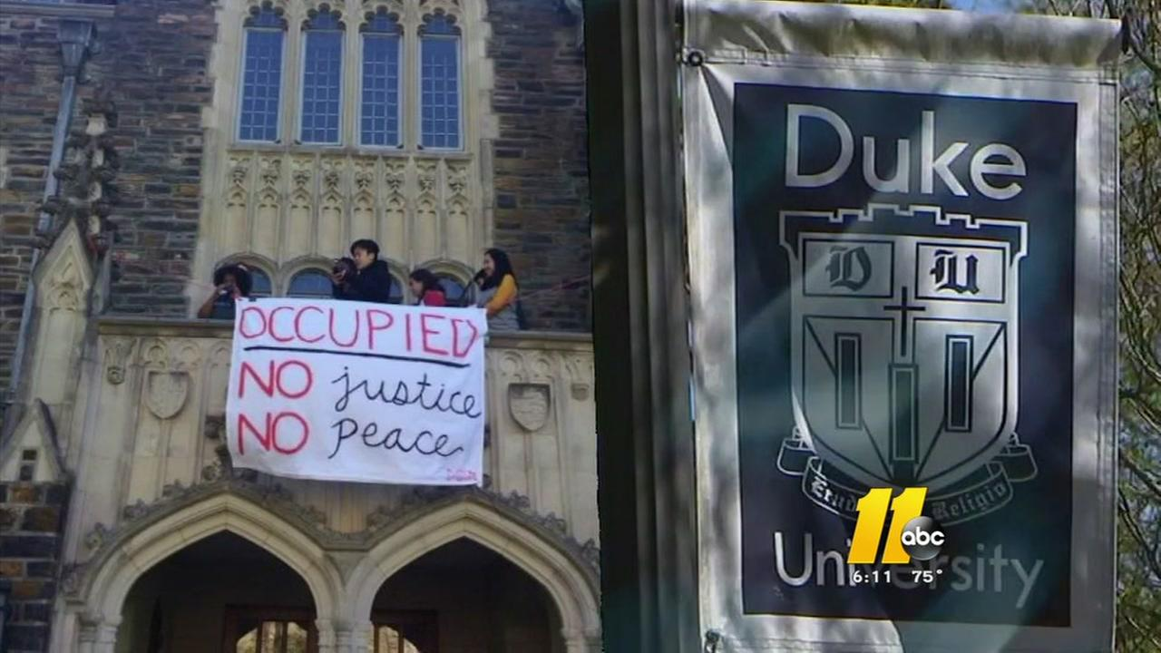 Duke stops negotiations in sit-in