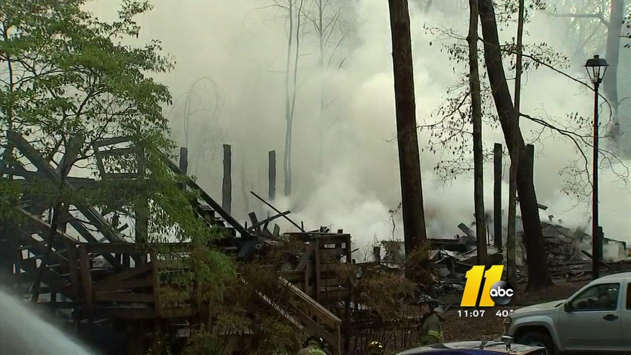 Massive fire at Raleigh apartment complex