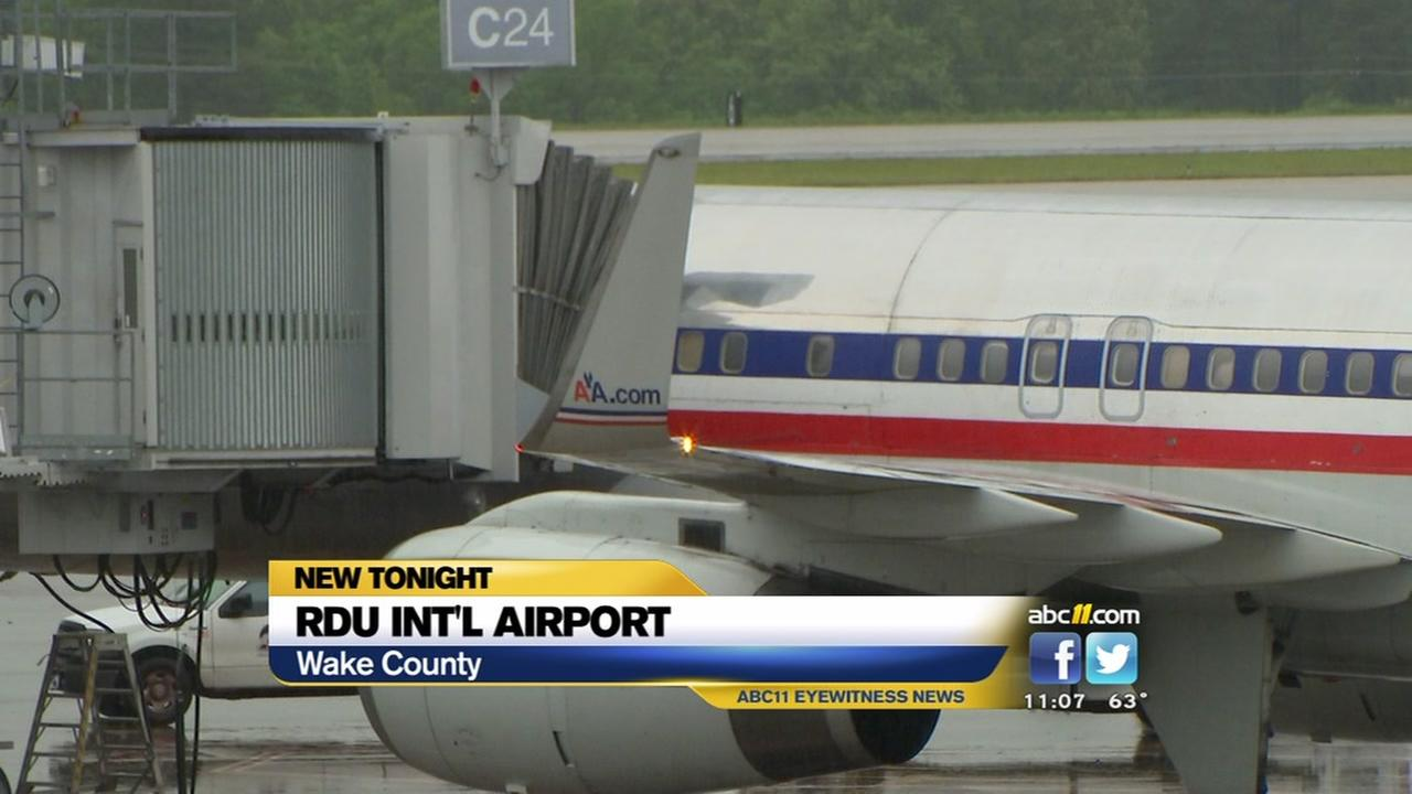 American Airlines Jet Diverted To Rdu Due To Broken