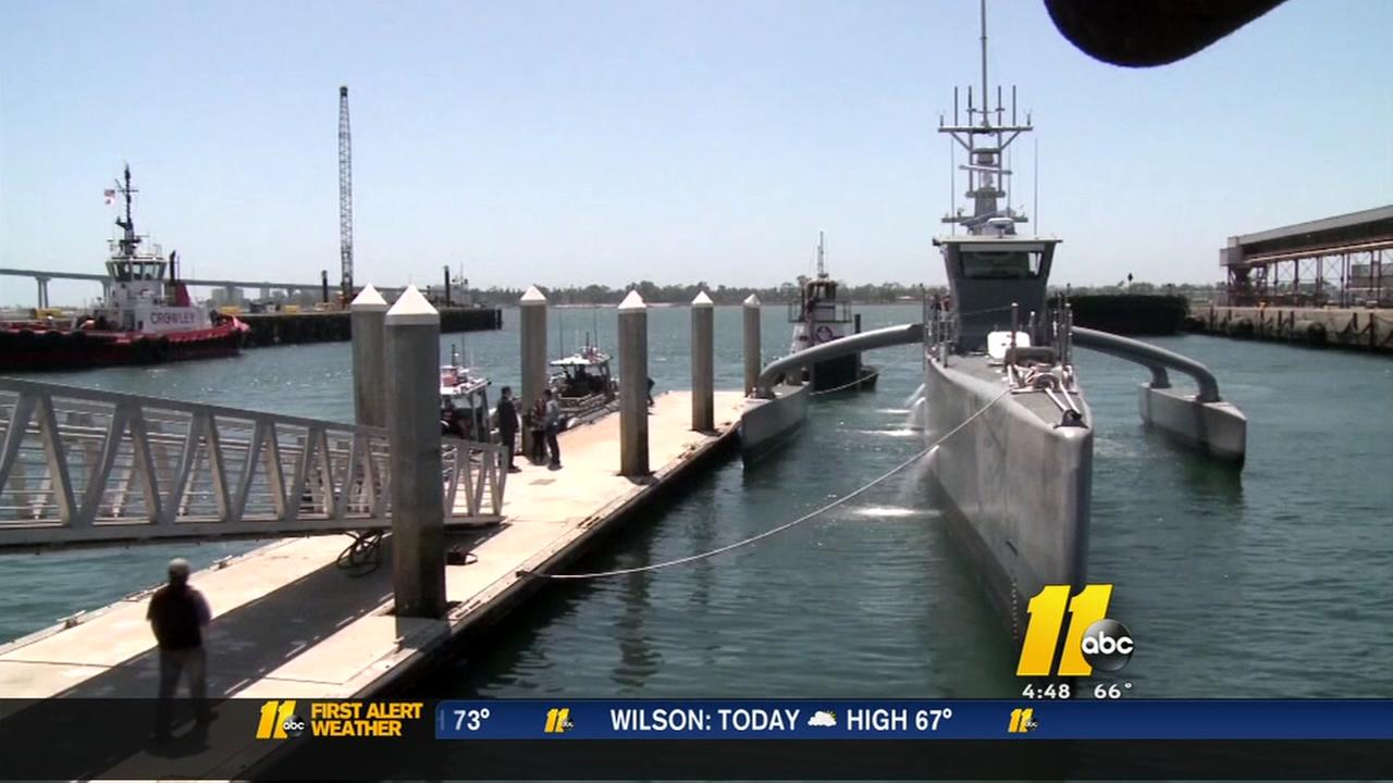 Navy experiments with unmanned ship