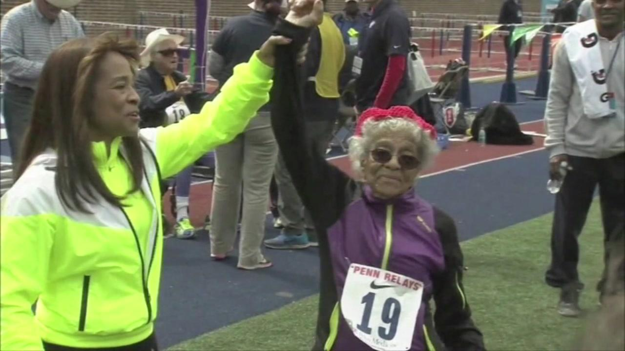 100-year-old runs 100-meter dash