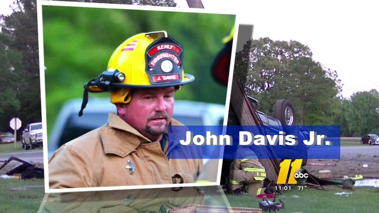 Firefighter dies in Kenly
