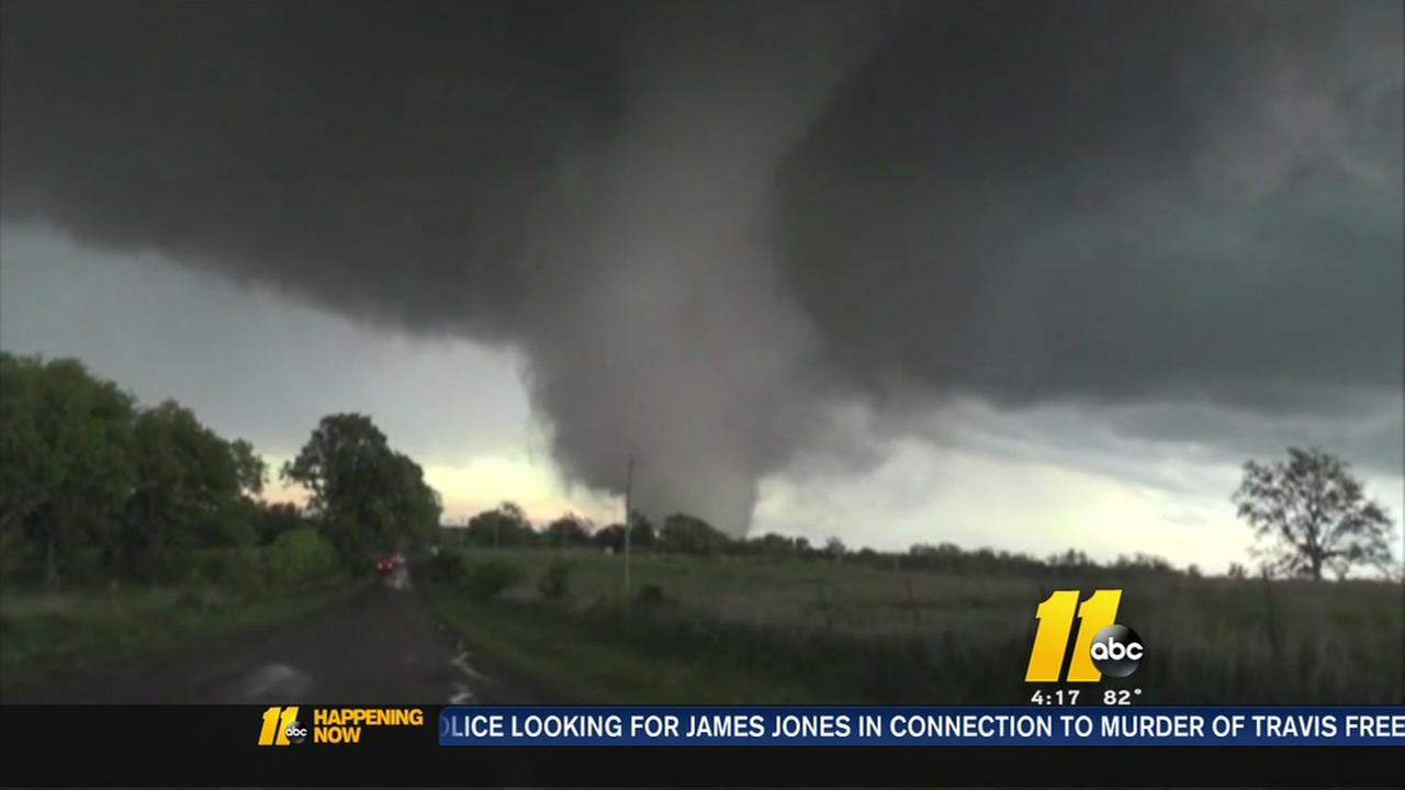 Tornadoes tear across midwest