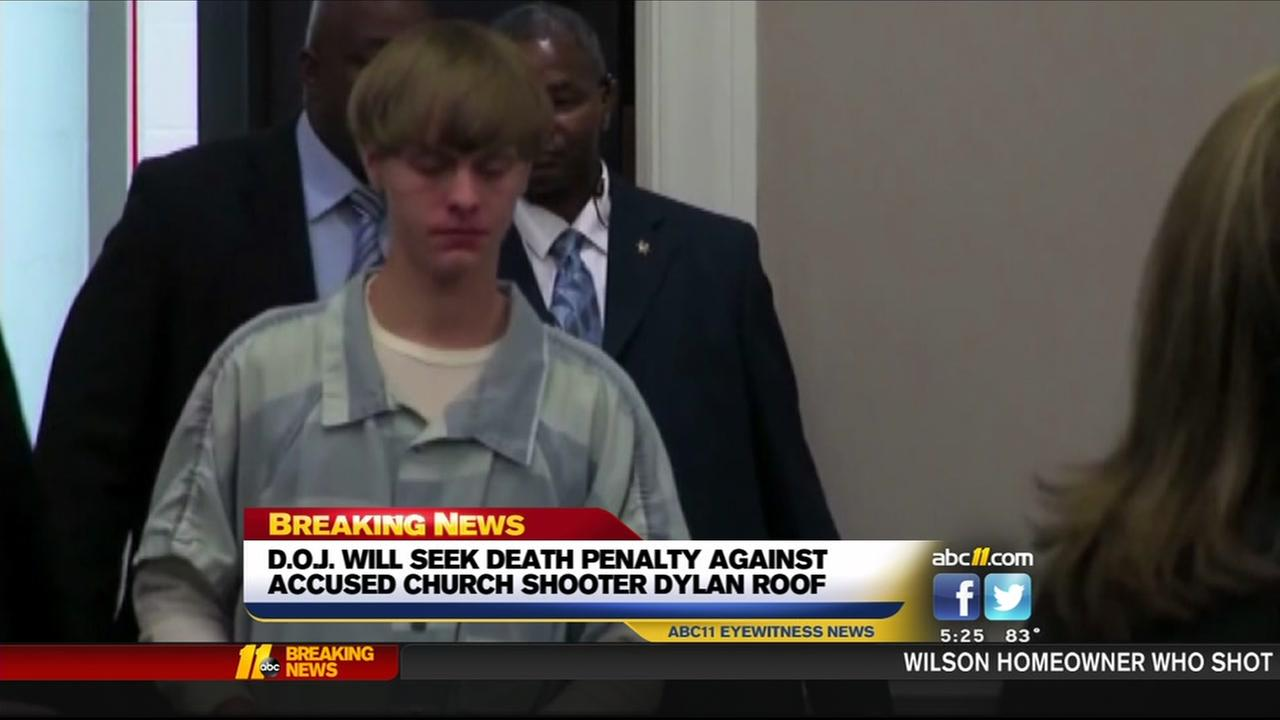 DOJ will seek death penalty against accused Charleston church shooter