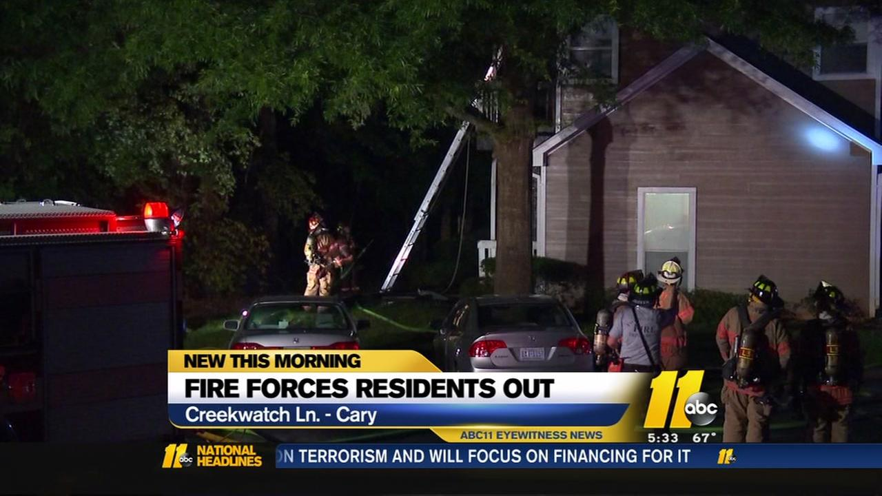 Fire damages Cary apartments