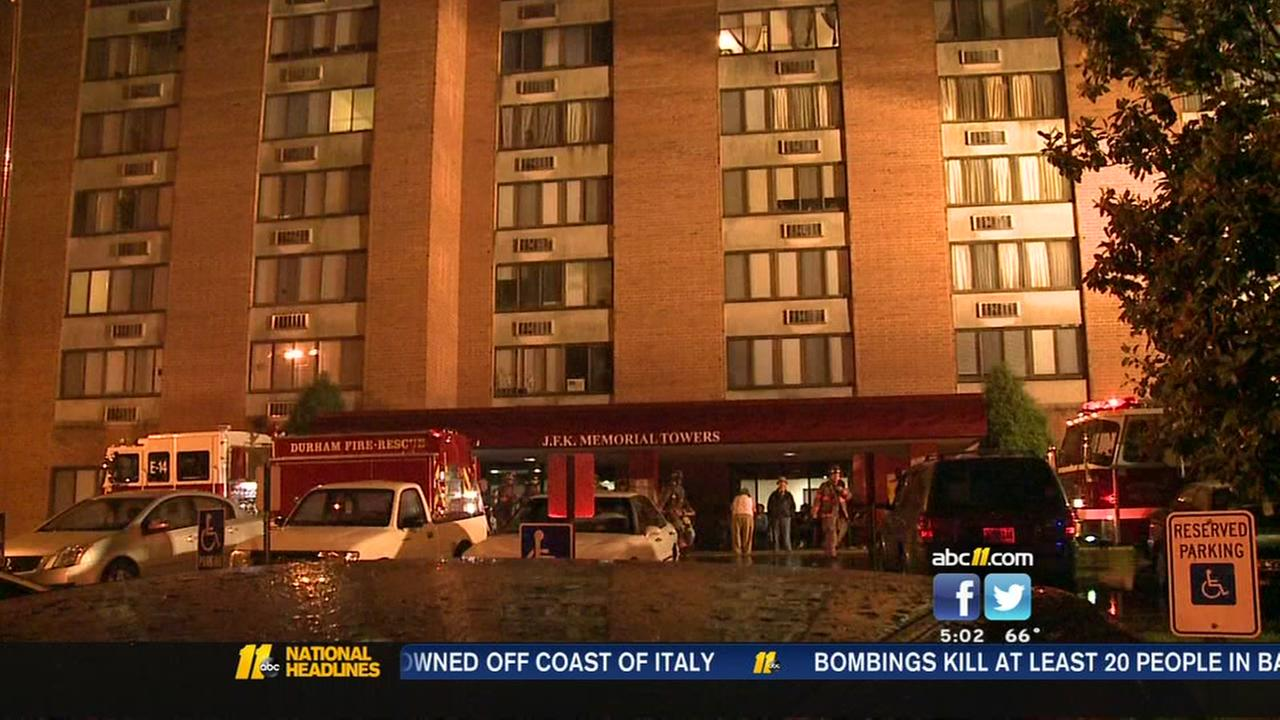 Fire rips through apartment building in Durham