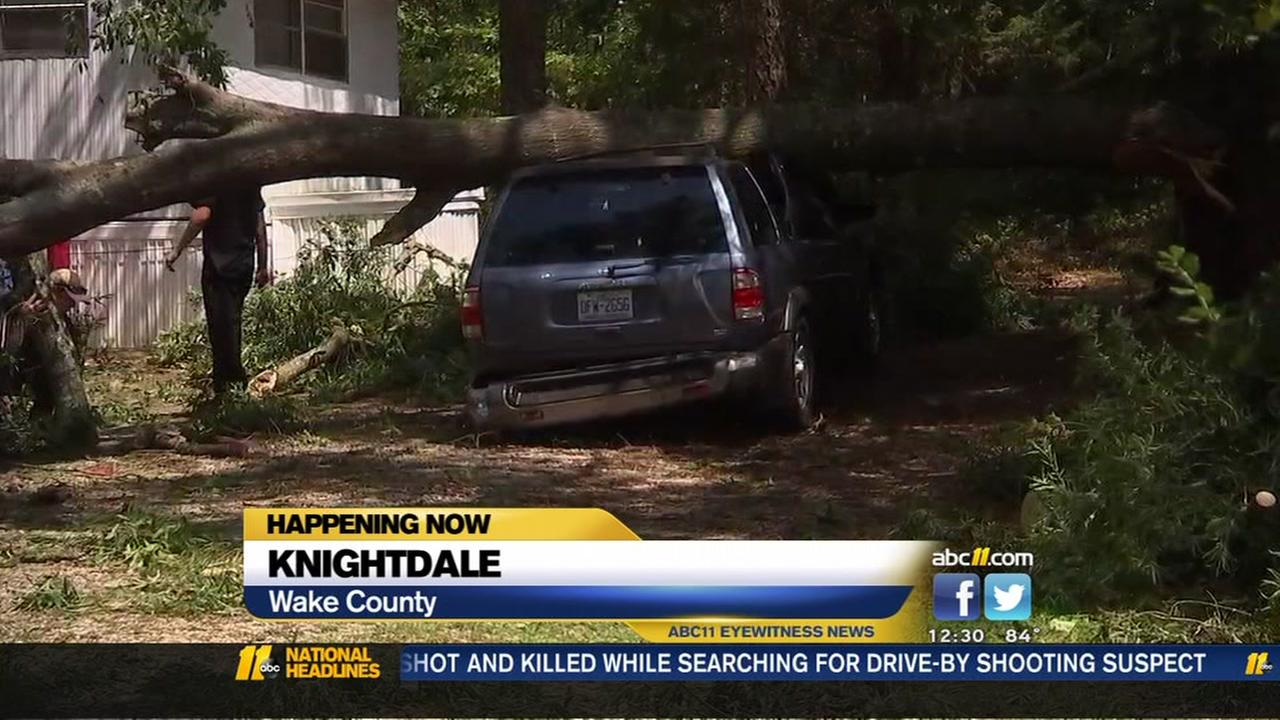 Knightdale residents dealing with overnight storm damage