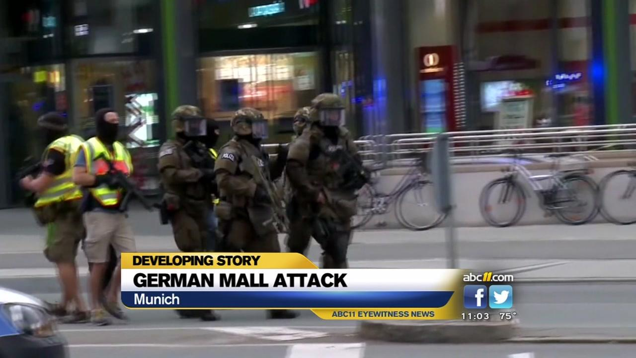10 dead in German mall attack