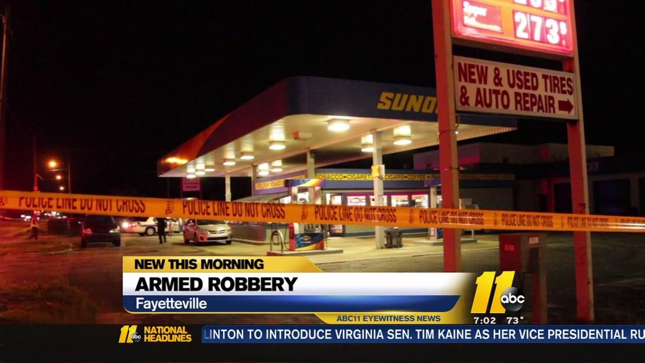 Clerk shot in Fayetteville armed robbery