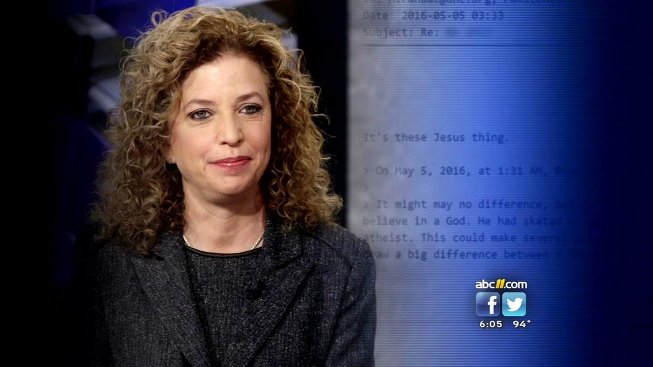 DNC chair resigns before convention