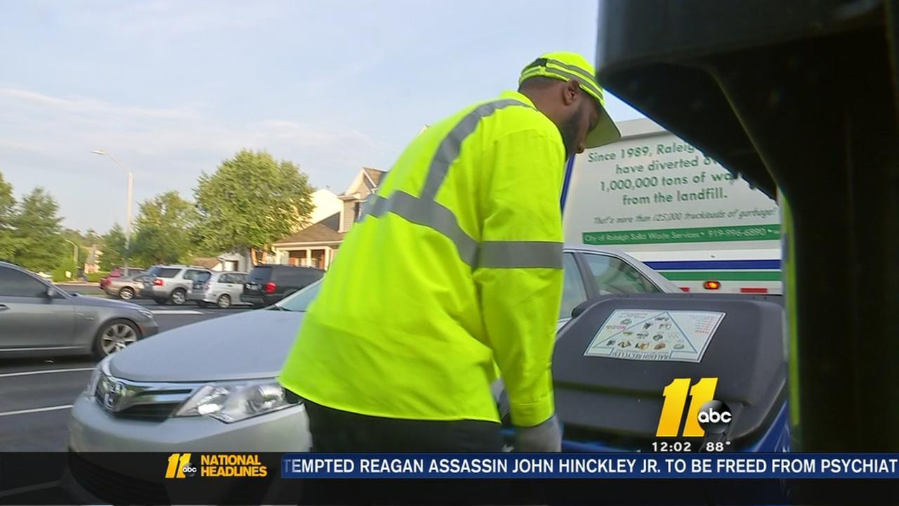 Hot temps impacting residents? trash pickup