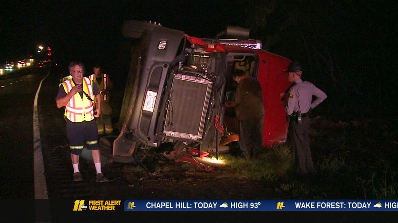 Tractor trailer overturns on I-85