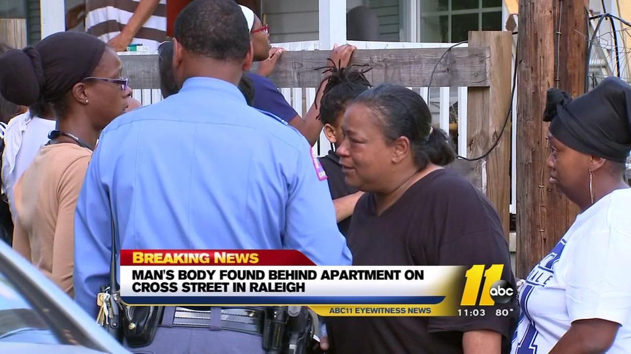 Mans body found in southeast Raleigh