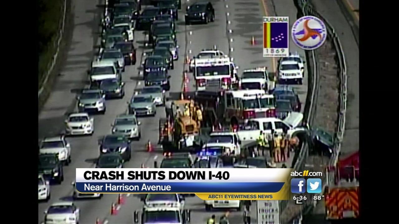 Crash shuts down I-40