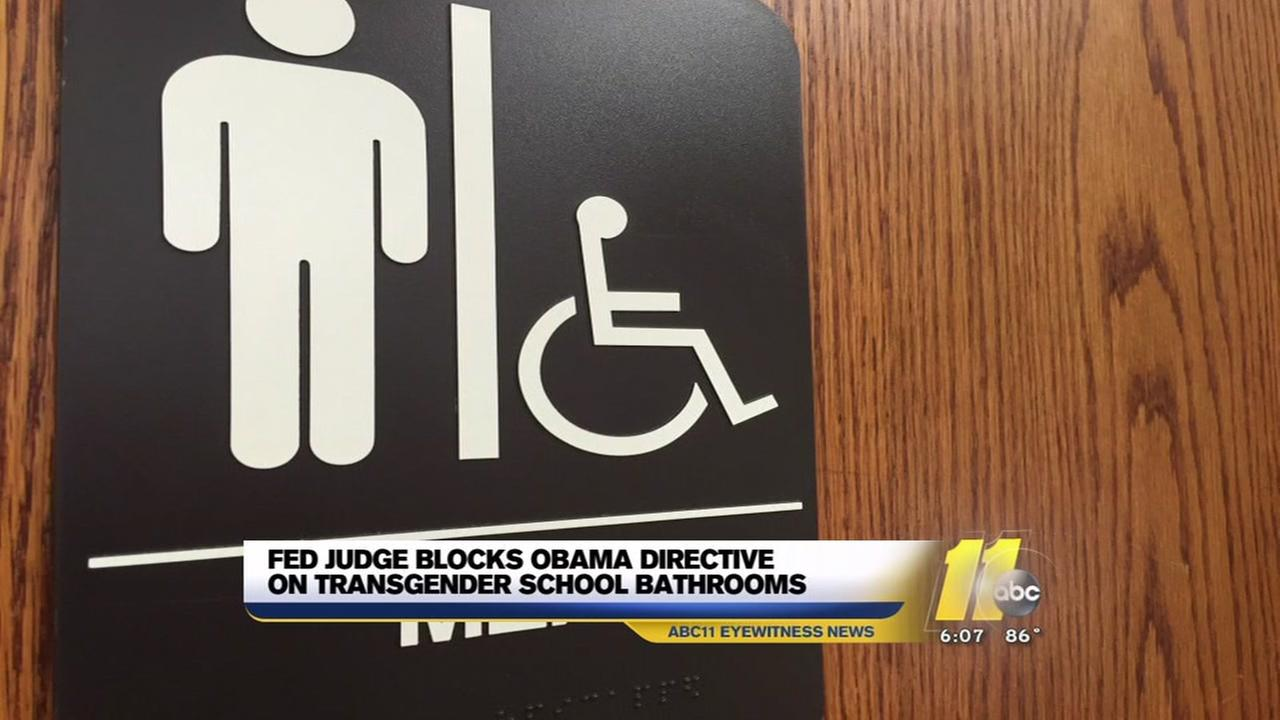Judge blocks Obama transgender school bathroom initiative