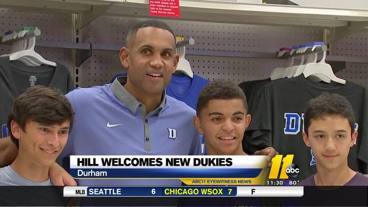 Grant Hill surprises Duke freshmen