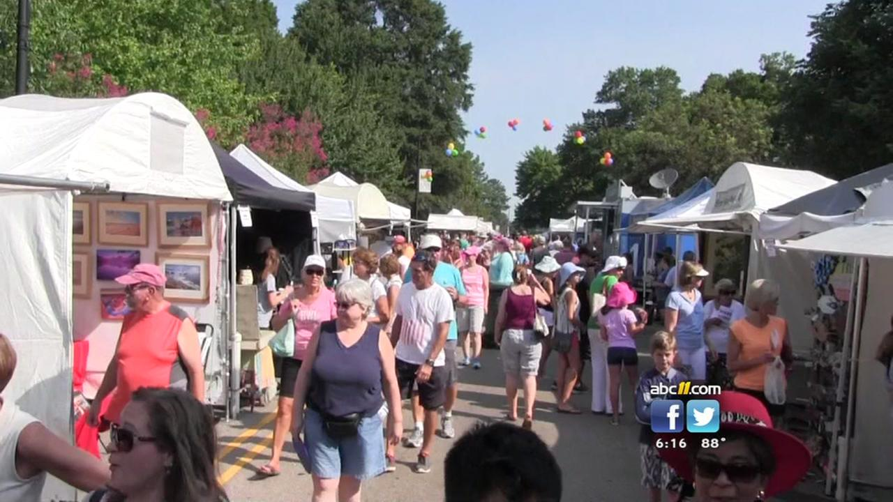 Crowds come out to celebrate Carys 40th Annual Lazy Daze Festival