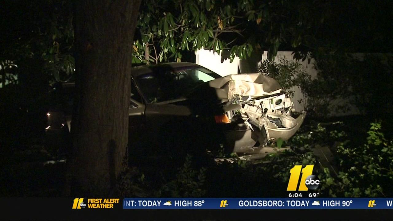 Crash knocks out power to hundreds in Durham