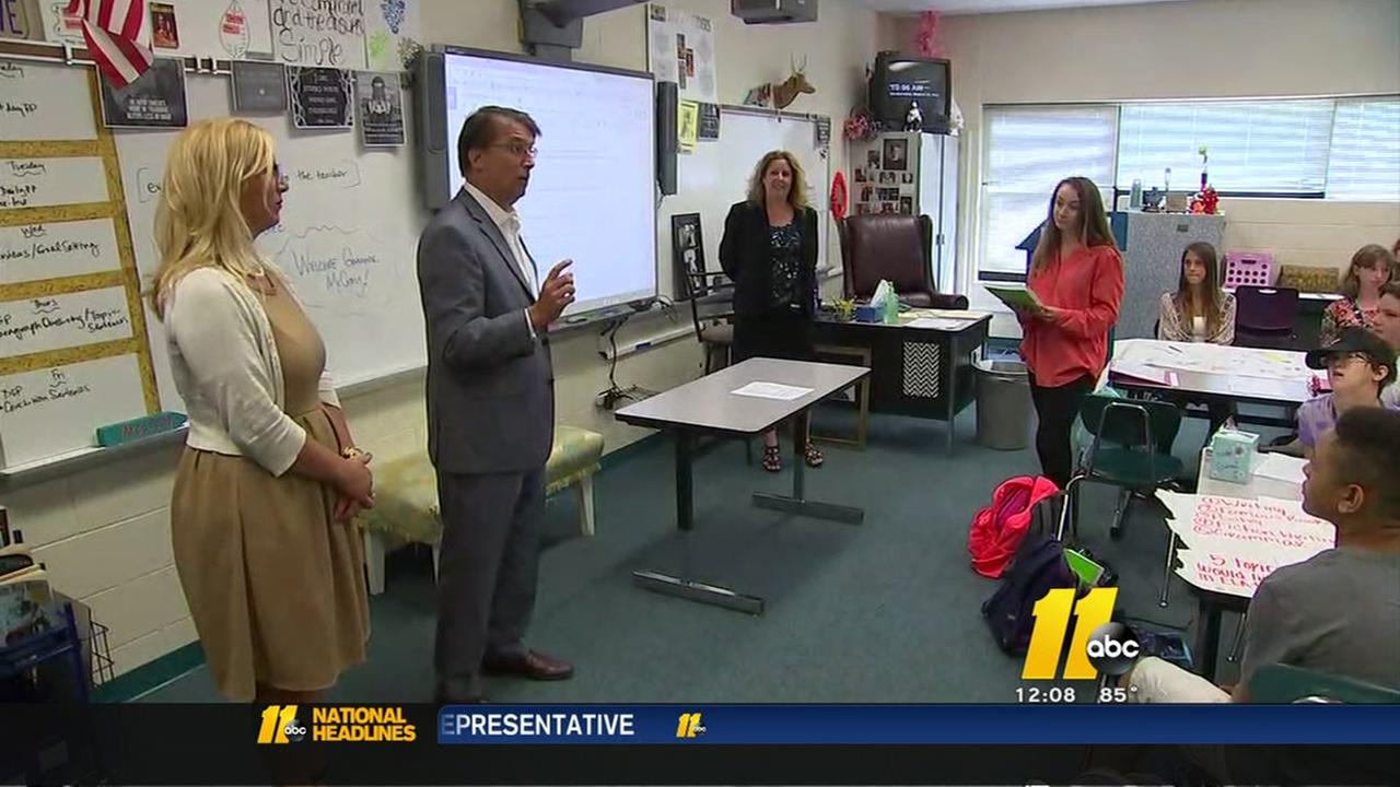 McCrory holds education roundtable