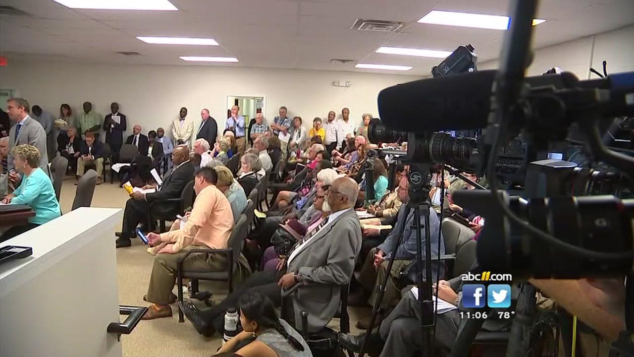 Reaction varied to early voting decisions