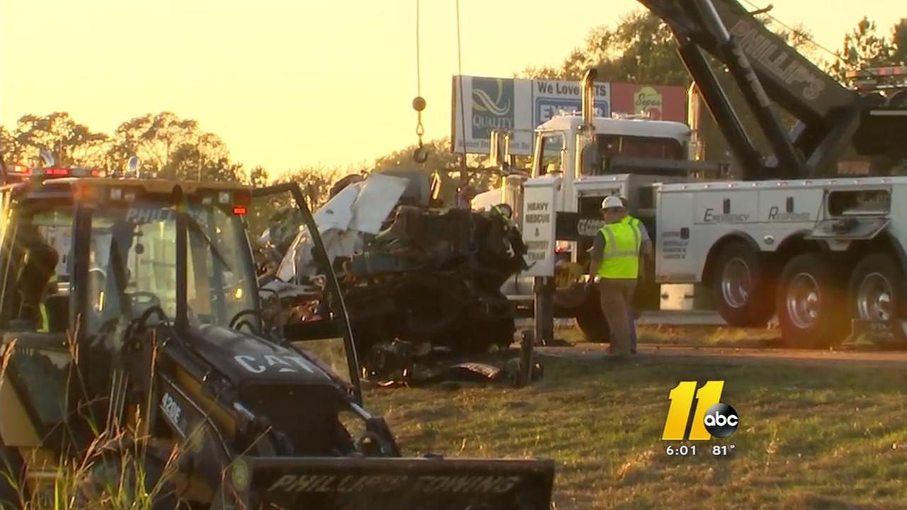 3 crashes close I-95 in Johnston County