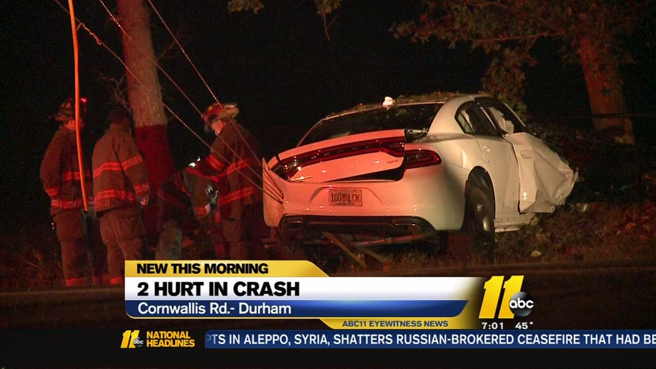 2 hurt in Durham crash