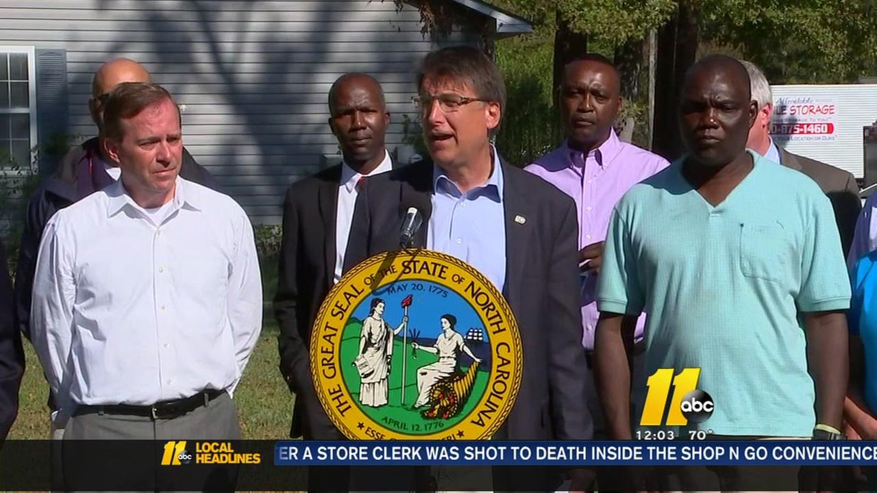 Governor continues flood recovery tour