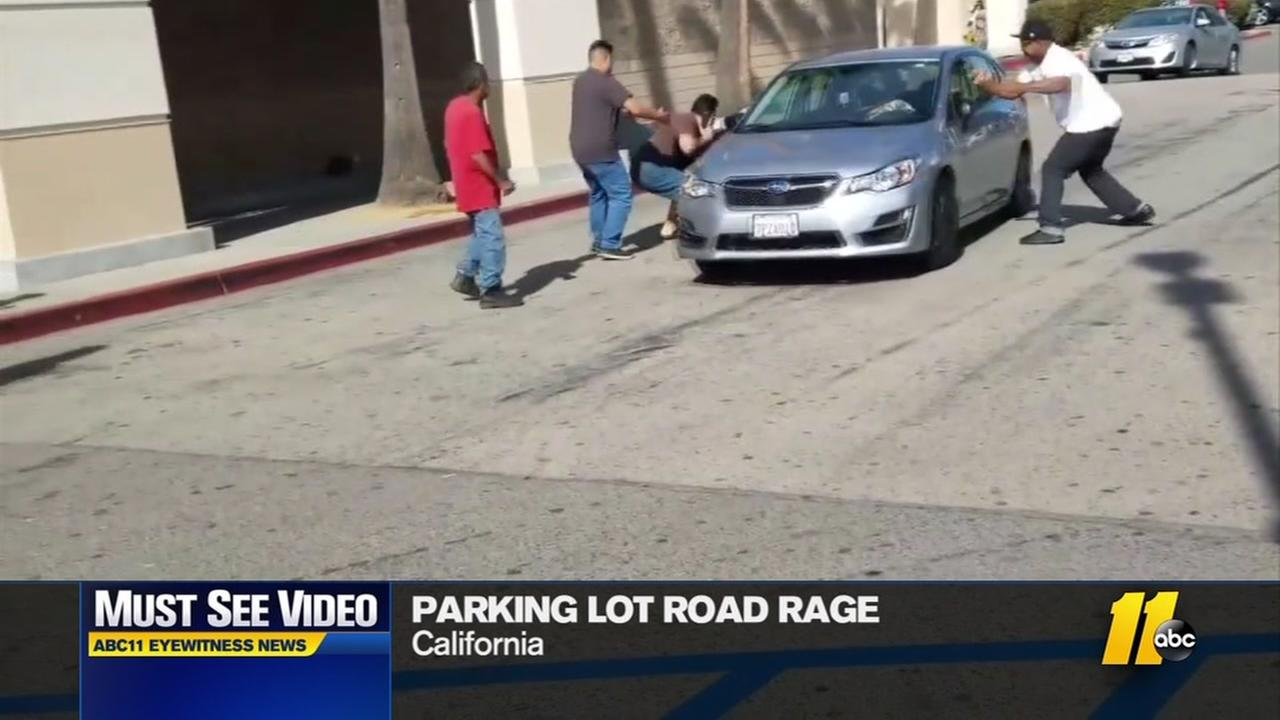 Driver with road rage creates scene in CA lot