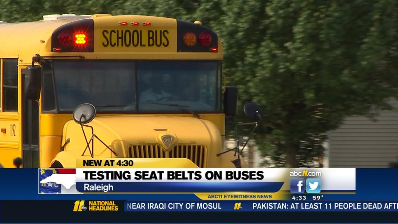 Should school buses have seat belts