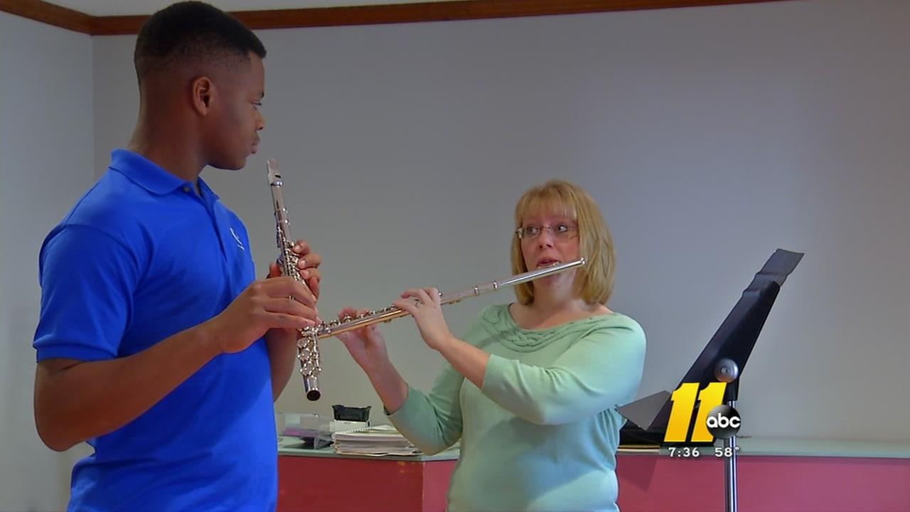 Music school for disadvantaged youth needs your help