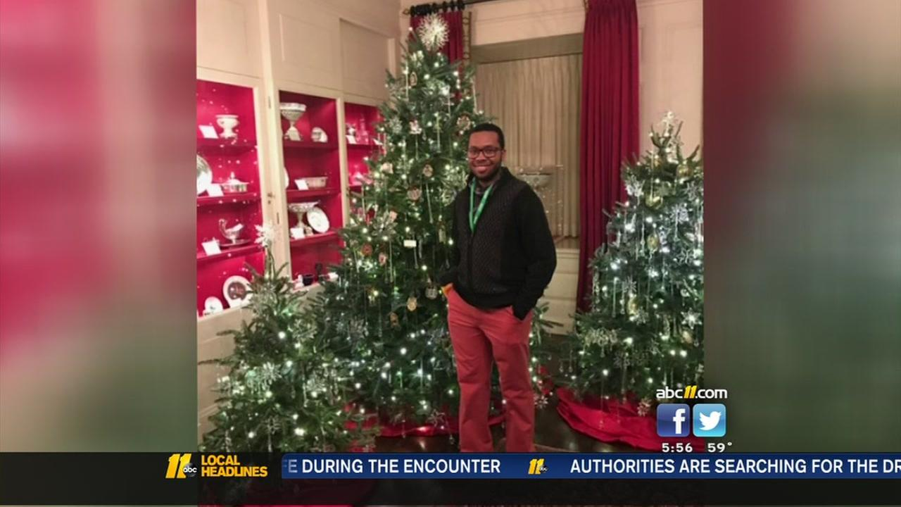 North Carolina man helps decorate the White House
