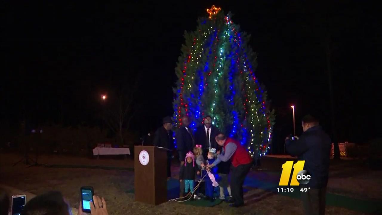 Spring Lake lights the towns official Christmas Tree