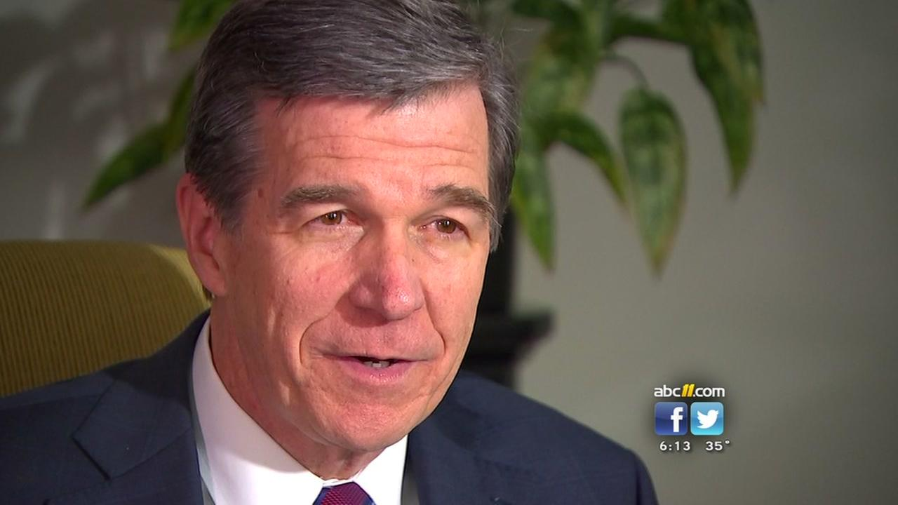 Governor-elect Roy Cooper chats with ABC11
