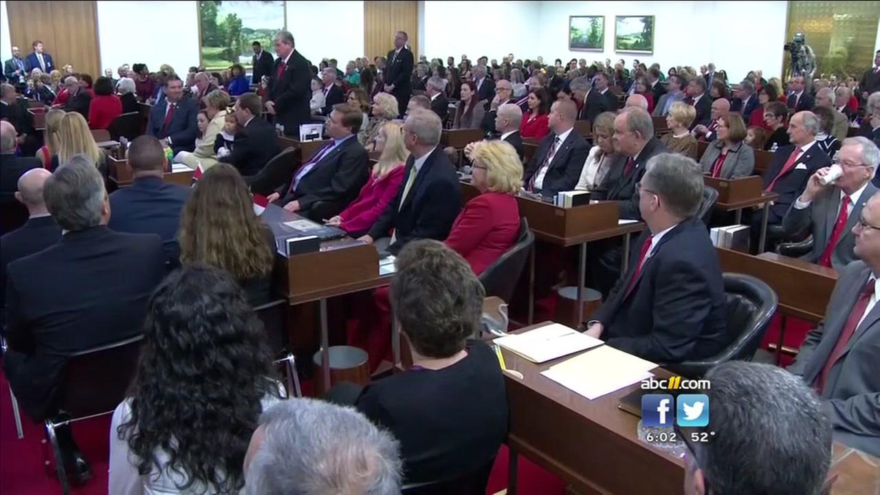 Legislators meet, choose leaders