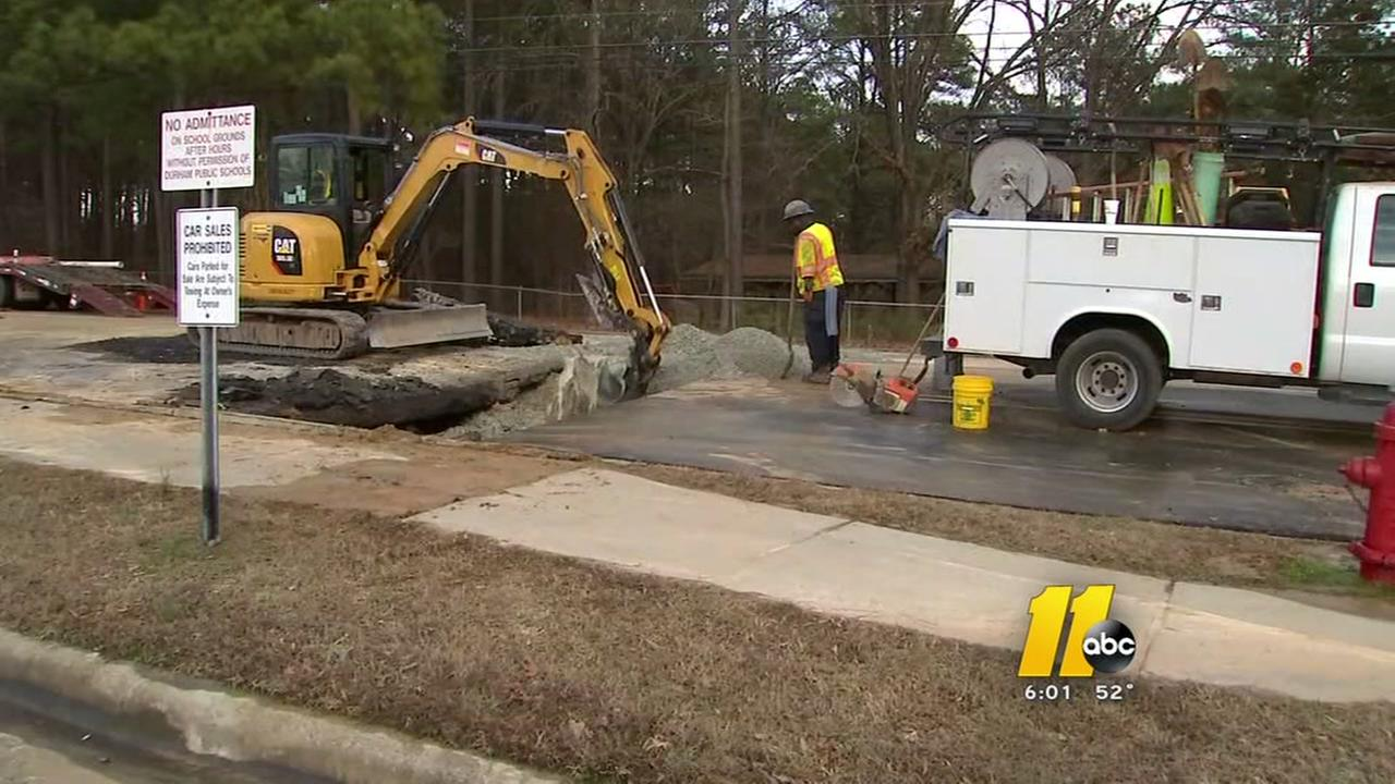 3 water main breaks creates traffic problem in Durham