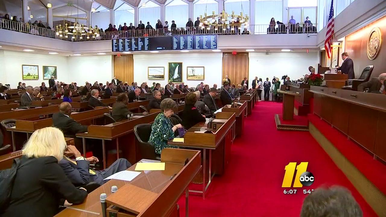 NC legislature to feature clashes with governor