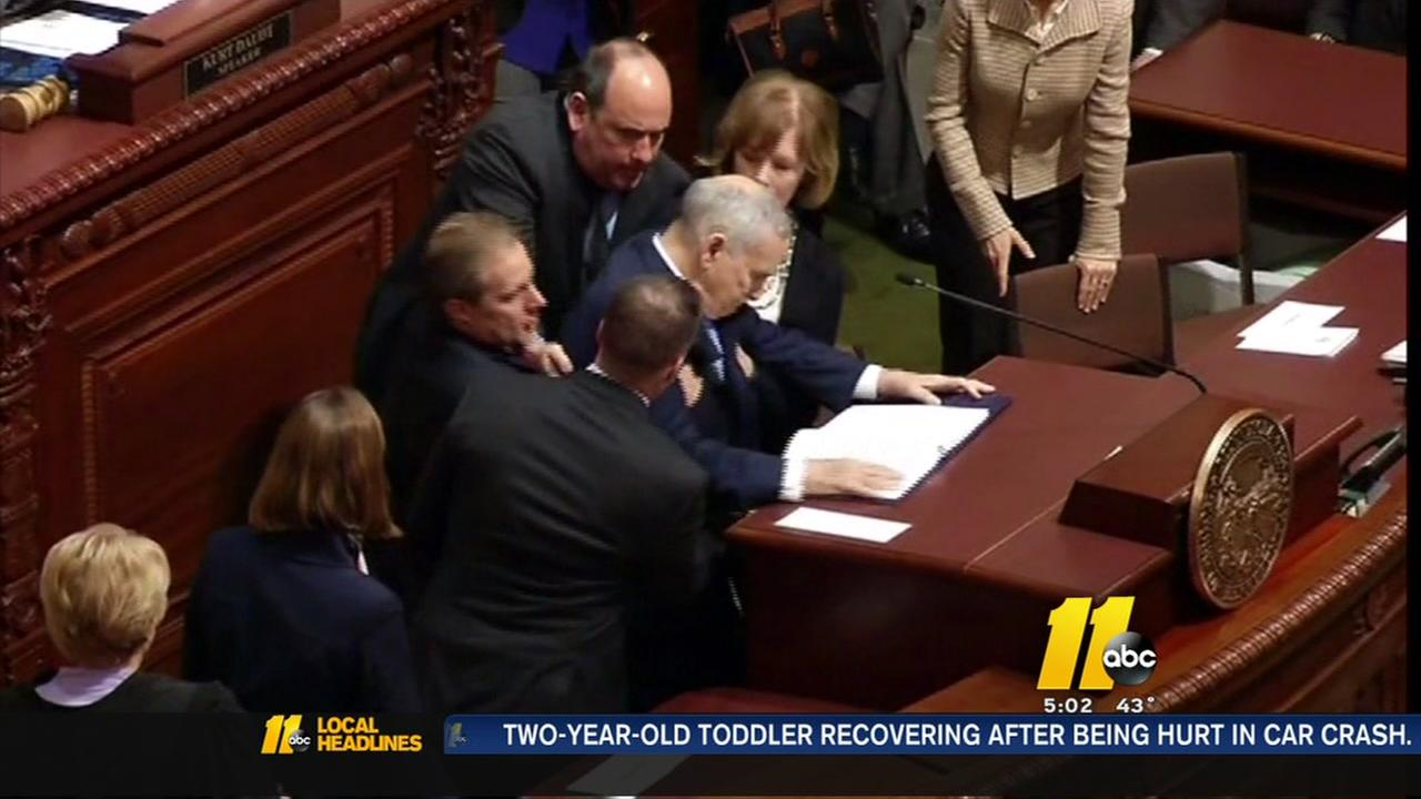 Minnesota gov. doing great after fainting during speech