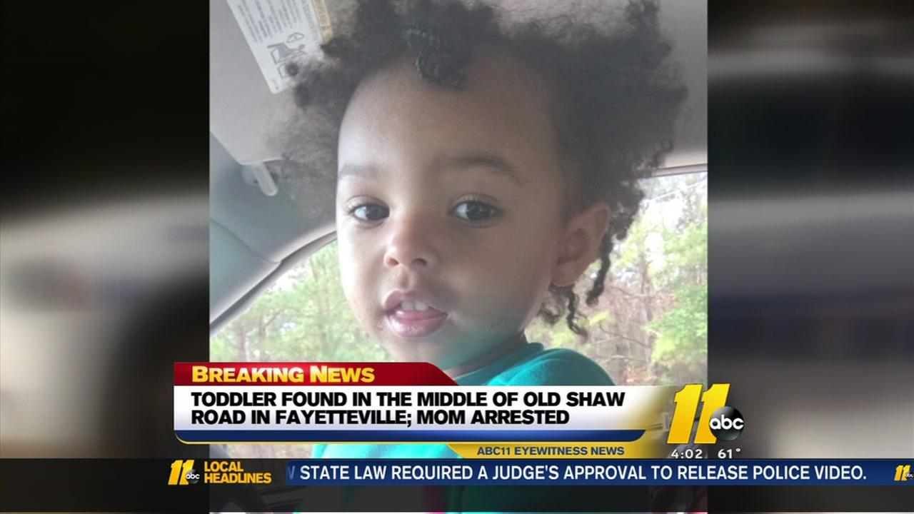 Toddler found wandering in Fayetteville