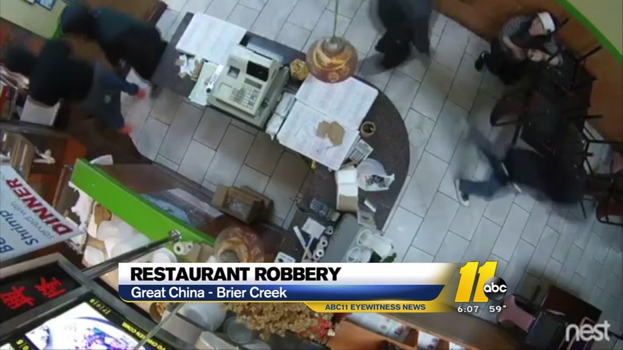Police seek help finding restaurant robbery suspects