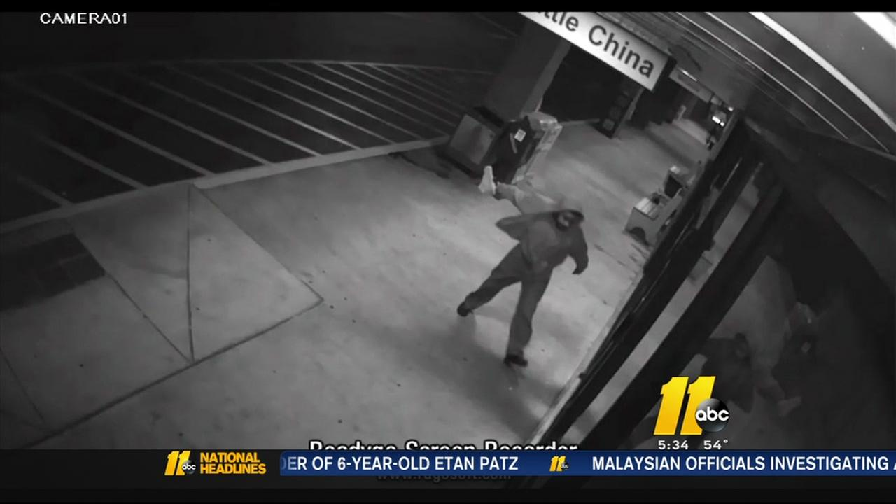 Burglar targeting Asian businesses in Fayetteville