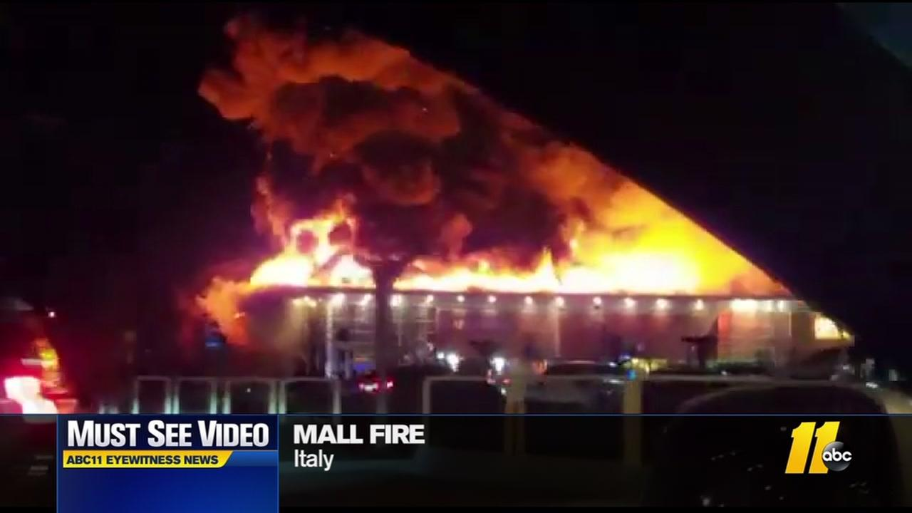 Must-see video: Mall fire in Italy