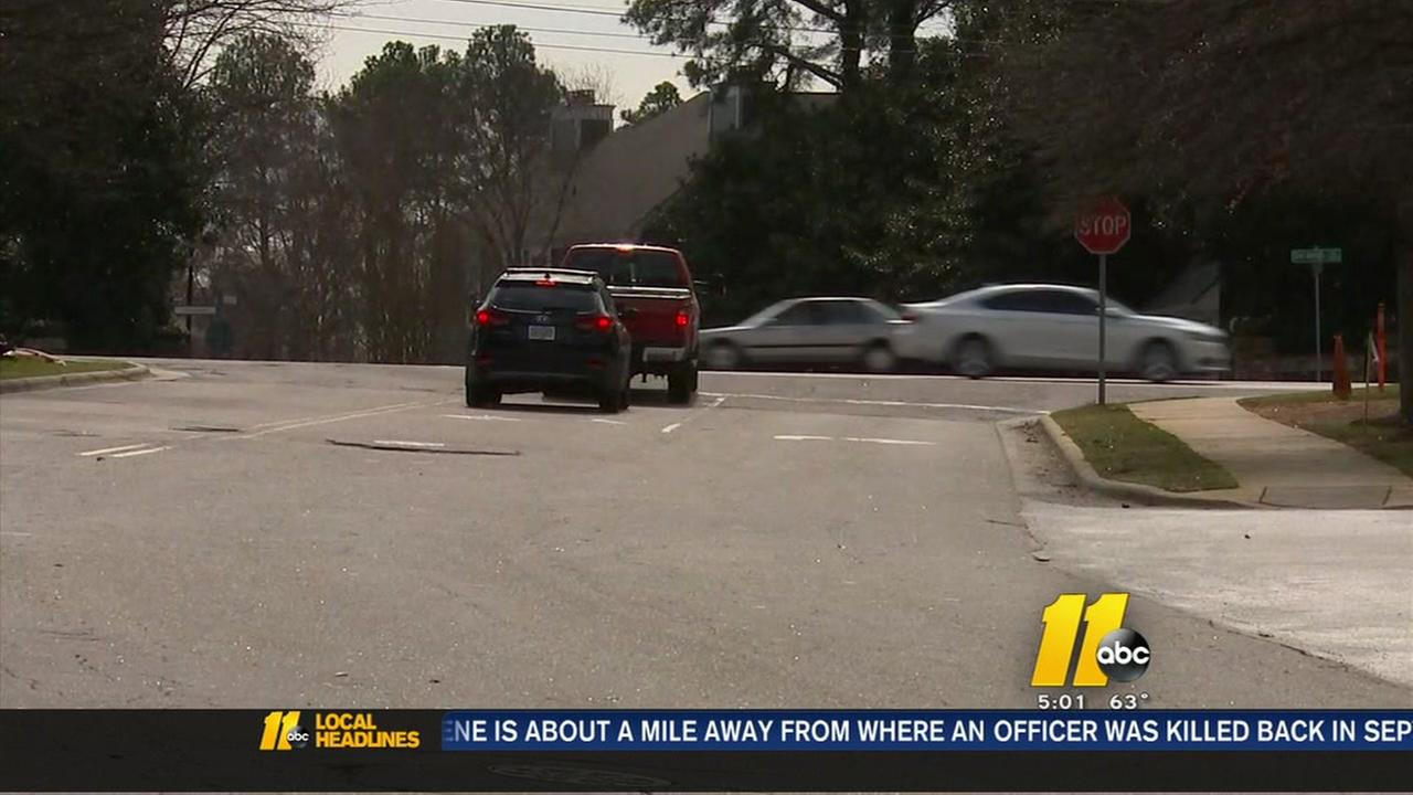 Wake County mom warns of stalled-car threat